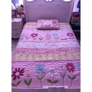 Pottery Barn Full Size Bed Cover quilt